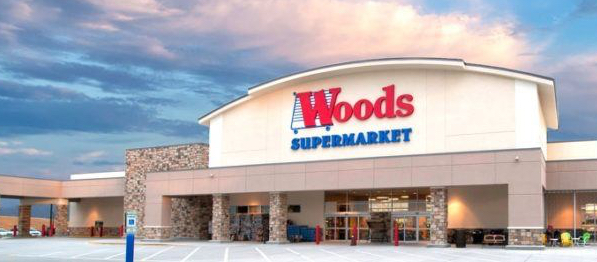 woods-grocery-storefront